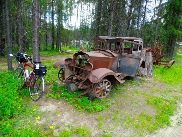 1926 Studebaker meets 2006 Cannondale